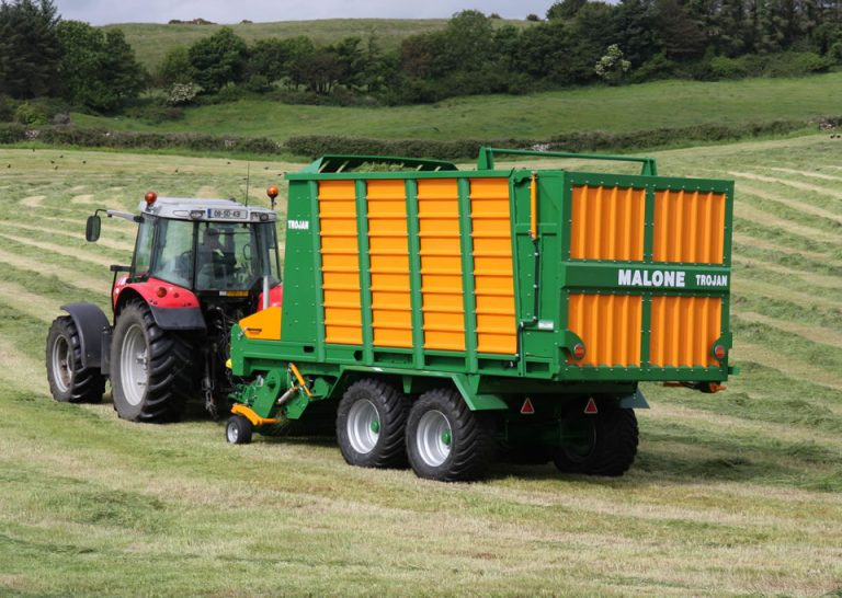 malone-farm-machinery-self-load-wagon-mt35-06
